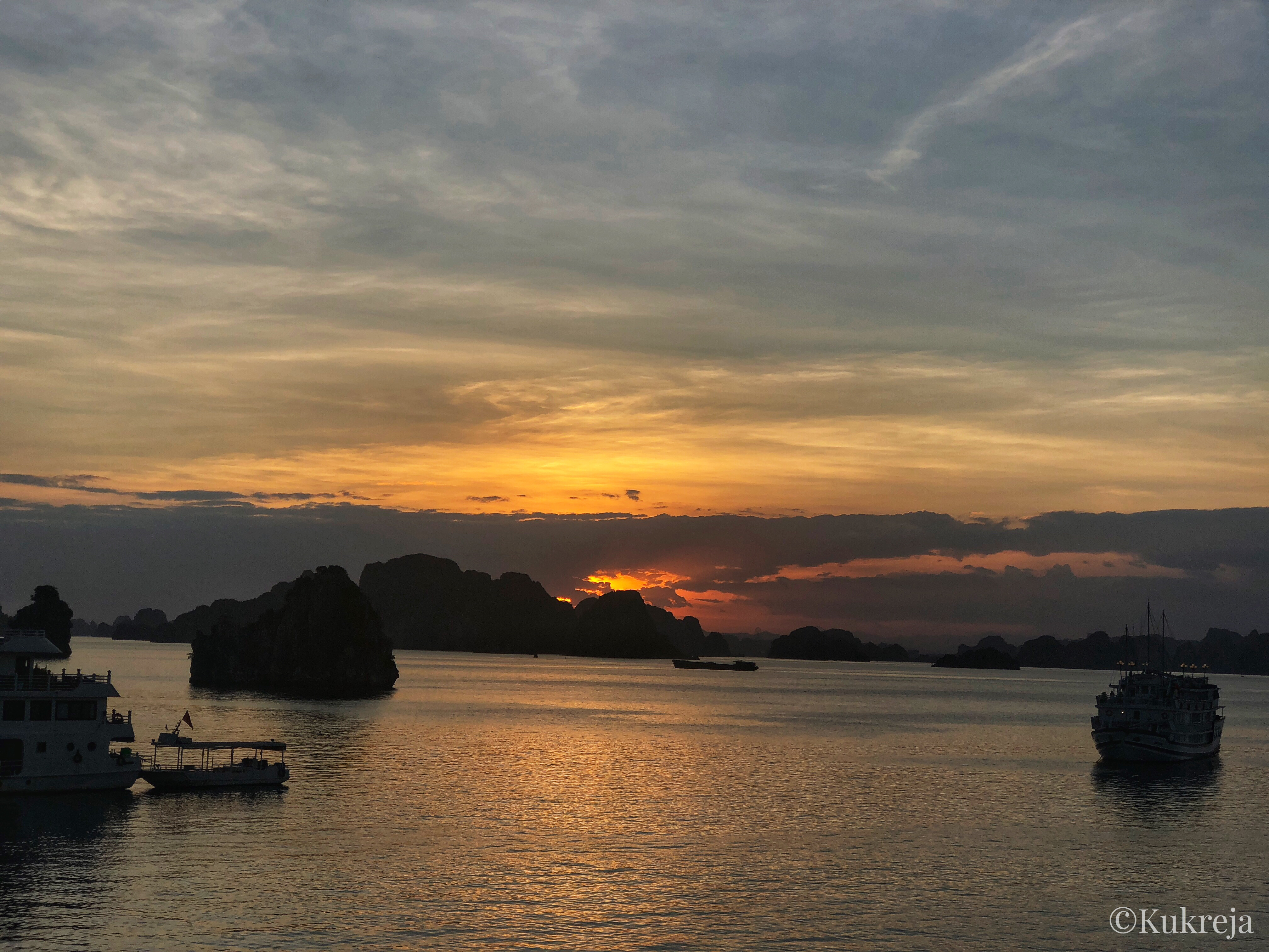 Sunset at Ha Long Bay.